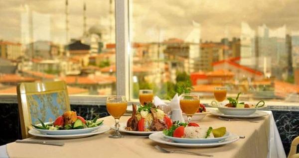 Kızılay'ın şık ve konfor adresi Ankara Princess Hotel'de kahvaltı dahil çift kişilik 1 gece konaklama keyfi 150 TL! Fırsatın geçerlilik tarihi için, DETAYLAR bölümünü inceleyiniz.