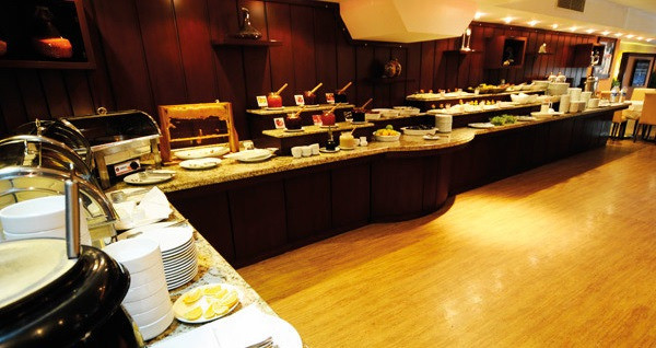 Seyhan Çukurova Park Otel'de açık büfe kahvaltı dahil çift kişi 1 gece konaklama 159 TL! Fırsatın geçerlilik tarihi için, DETAYLAR bölümünü inceleyiniz.