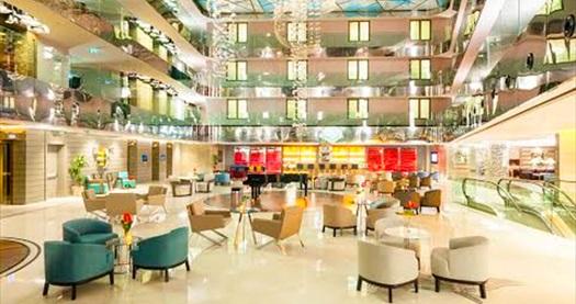 Radisson Blu Hotel Şişli'de limitsiz yerli içecek, canlı müzik ve enfes açık büfe lezzetler eşliğinde yılbaşı eğlencesi 219 TL! Fırsat 31 Aralık 2017 yılbaşı gecesine özeldir.
