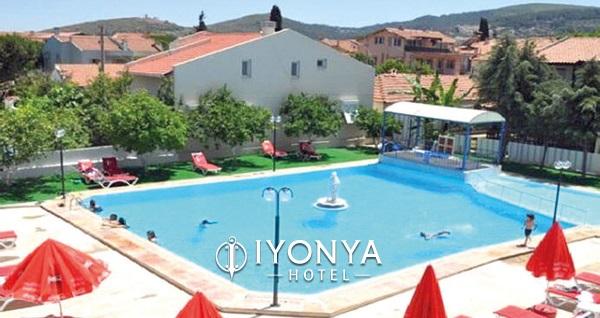İyonya Hotel Urla'da kahvaltı dahil çift kişilik 1 gece konaklama 139 TL! Fırsatın geçerlilik tarihi için, DETAYLAR bölümünü inceleyiniz.