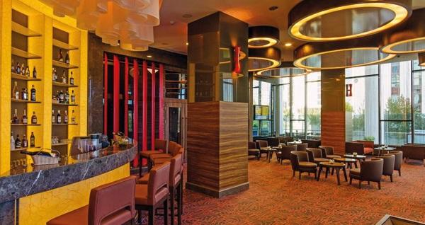 Hotel Mercure İstanbul Ümraniye'de çift kişilik 1 gece konaklama keyfi 229 TL yerine 179 TL! Fırsatın geçerlilik tarihi için DETAYLAR bölümünü inceleyiniz.