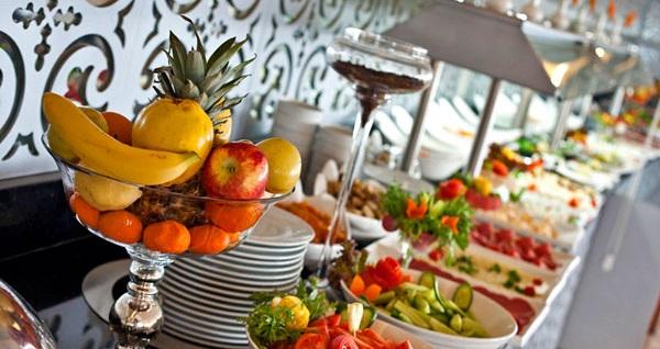 Taksim City Center Hotel'de kahvaltı dahil çift kişilik 1 gece konaklama 299 TL! Fırsatın geçerlilik tarihi için, DETAYLAR bölümünü inceleyiniz.