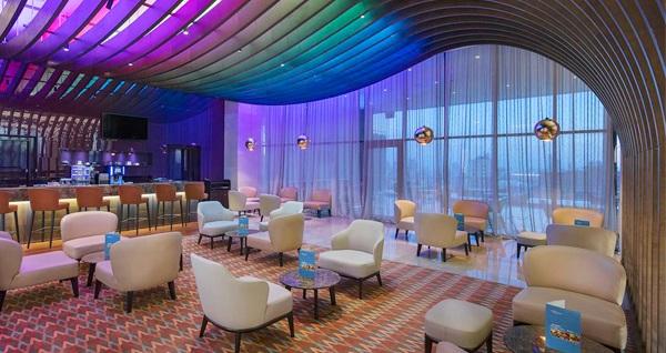 Hilton Garden Inn İstanbul Ümraniye'de çift kişilik konaklama 328 TL'den başlayan fiyatlarla! Fırsatın geçerlilik tarihi için, DETAYLAR bölümünü inceleyiniz.