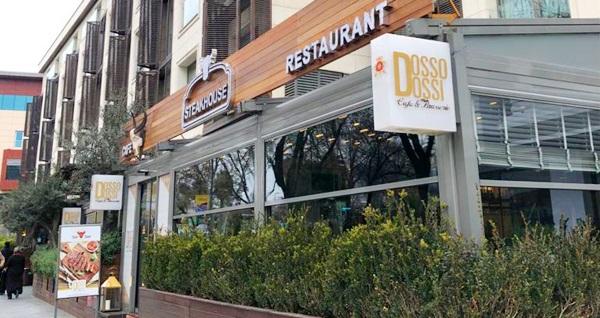 Fatih Dosso Dossi Cafe & Brasserie'de canlı müzik eşliğinde yerli içecekli akşam yemeği kişi başı 250 TL yerine 125 TL! Fırsatın geçerlilik tarihi için, DETAYLAR bölümünü inceleyiniz.