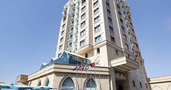Merit Lefkoşa Hotel Casino'da 2 GECE kahvaltı dahil konaklama ve gidiş-dönüş uçak bileti kişi başı 1.199 TL'den başlayan fiyatlarla! Detaylı bilgi ve size en uygun fiyatların sunulması için hemen 0850 532 50 76 numaralı telefonu arayın!