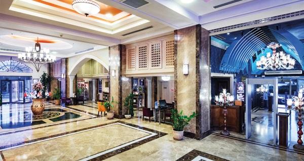 Merit Lefkoşa Hotel Casino'da 2 GECE kahvaltı dahil konaklama ve gidiş-dönüş uçak bileti kişi başı 1.349 TL'den başlayan fiyatlarla! Detaylı bilgi ve size en uygun fiyatların sunulması için hemen 0850 532 50 76 numaralı telefonu arayın!
