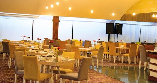 Bursa'nın yıldızlı butik keyfi Osmangazi Burçman Hotel'de kahvaltı dahil çift kişilik 1 gece konaklama 270 TL yerine 179 TL! Fırsatın geçerlilik tarihi için DETAYLAR bölümünü inceleyiniz.