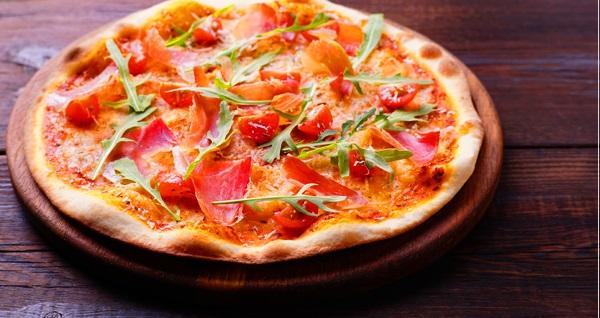 DoubleTree by Hilton Topkapı The Lounge Cafe'de her Perşembe makarna veya pizza menüsü kişi başı 95 TL! Fırsatın geçerlilik tarihi için DETAYLAR bölümünü inceleyiniz.
