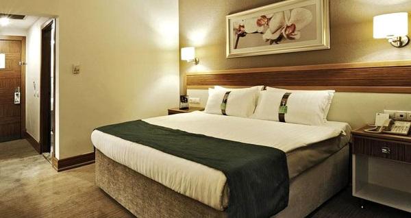 Holiday Inn Bursa'da çift kişilik konaklama 285 TL'den başlayan fiyatlarla! Fırsatın geçerlilik tarihi için, DETAYLAR bölümünü inceleyiniz.