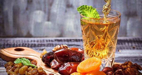 Swissotel Ankara Cafe Swiss'te her gün et döner servisi, limitsiz meşrubat, limitsiz çay ve Ramazan şerbetinin de olduğu geleneksel lezzetlerden oluşan açık büfe iftar menüsü kişi başı 99 TL! Bu fırsat 6 Mayıs - 3 Haziran 2019 tarihleri arasında, iftar saatinde geçerlidir.