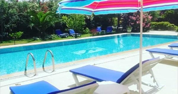 Dodo House Bodrum'da havuz kullanımı ve serpme kahvaltı keyfi KİŞİ BAŞI 160 TL yerine 80 TL! Fırsatın geçerlilik tarihi için DETAYLAR bölümünü inceleyiniz.