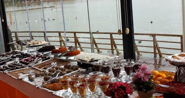 İlkay's Cafe Restaurant'ta göl manzaralı açık büfe kahvaltı 40 TL yerine 24,90 TL! Fırsatın geçerlilik tarihi için DETAYLAR bölümünü inceleyiniz.
