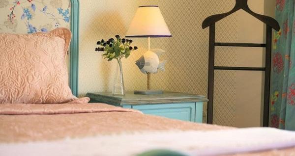 Ayvalık Nilüfer Butik Otel'de deniz manzaralı odalarda kahvaltı dahil çift kişilik 1 gece konaklama 219 TL! Fırsatın geçerlilik tarihi için, DETAYLAR bölümünü inceleyiniz.