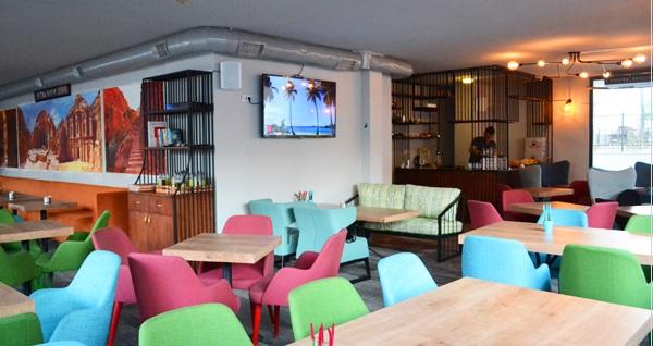 Beşiktaş Petra Lounge'ta 2 kişilik kütükte kahvaltı 35 TL! Fırsatın geçerlilik tarihi için DETAYLAR bölümünü inceleyiniz.