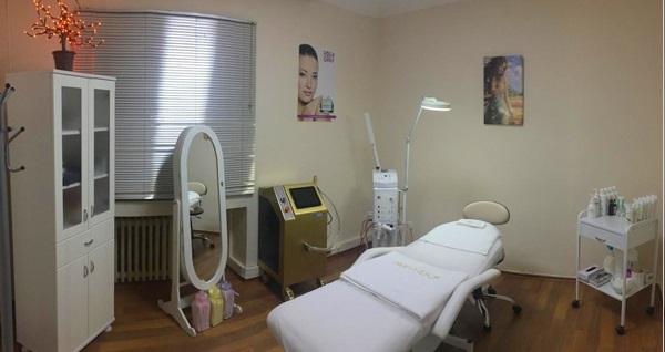 Lina Beauty Center'da güzellik uygulamaları! Fırsatın geçerlilik tarihi için DETAYLAR bölümünü inceleyiniz.