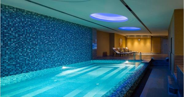 Titanic City Taksim Hotel Ocean SPA'da SPA kullanım alanları dahil masaj seçenekleri 380 TL yerine 249 TL! Fırsatın geçerlilik tarihi için DETAYLAR bölümünü inceleyiniz.
