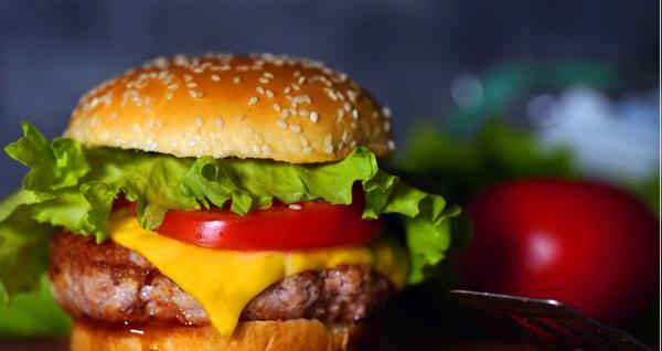 Balat Antik Cafe'nin büyülü atmosferinde leziz hamburger menüsü 24,90 TL! Fırsatın geçerlilik tarihi için DETAYLAR bölümünü inceleyiniz.