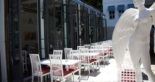 Çekirge Caddesi Kafe Pi Angel'da zengin içerikteki serpme kahvaltı sınırsız çay ve meyve salatası ile 24 TL yerine 12,50 TL! 30 Eylül 2013 tarihine kadar geçerlidir.