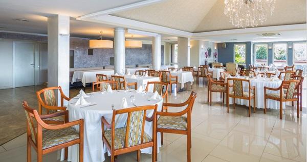 Cemile Sultan'da Boğaz manzarası eşliğinde yemek menüsü 90 TL yerine 55 TL! Fırsatın geçerlilik tarihi için DETAYLAR bölümünü inceleyiniz.