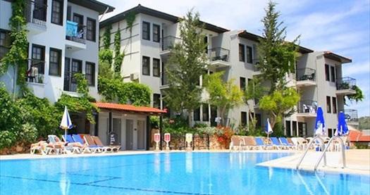 Hisarönü Meydanı'nda Hisar Aqua Hotel'de çift kişilik 1 gece konaklama 80 TL! Fırsatın geçerlilik tarihi için DETAYLAR bölümünü inceleyiniz.