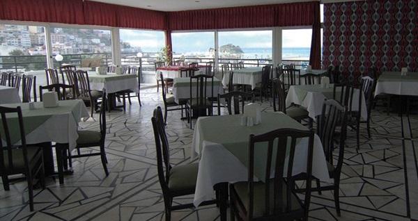 Kuşadası Surtel Hotel'de kahvaltı dahil çift kişilik 1 gece konaklama 159 TL! Yılbaşında da geçerlidir.