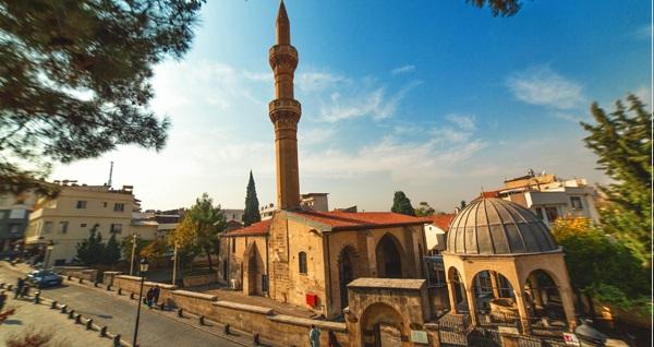 İstanbul kalkışlı her Cuma hareketli 3 gün 2 gece konaklamalı UÇAKLI Gaziantep - Şanlıurfa turu kişi başı 1250 TL! Fırsatın geçerlilik tarihi için DETAYLAR bölümünü inceleyiniz.