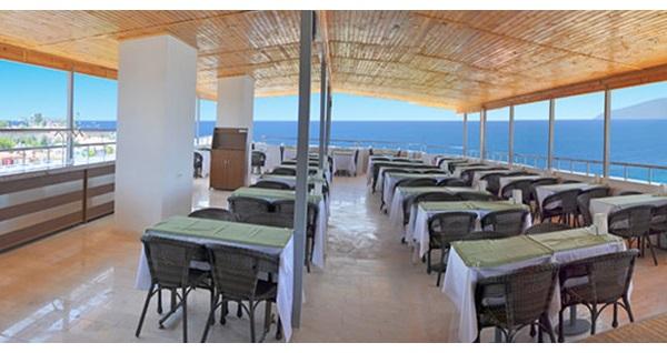 Kuşadası Blue Sea Hotel&SPA'da çift kişilik 1 gece konaklama 99 TL! Fırsatın geçerlilik tarihi için, DETAYLAR bölümünü inceleyiniz.